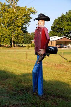 funny_cowboy_mailbox