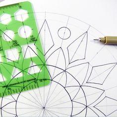 Como Desenhar Uma Mandala