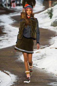 NYFW FW 2014/15 – Women's Tommy Hilfiger. See all fashion show on: http://www.bmmag.it/sfilate/nyfw-fw-201415-womens-tommy-hilfiger/ #fall #winter #FW #catwalk #fashionshow #womansfashion #woman #fashion #style #look #collection  #NYFW #tommyhilfiger @Tommy Hilfiger