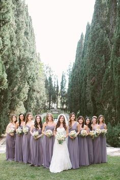 Love this beautiful real Donna Morgan wedding featuring the Laura, Emily, and Ju. - Love this beautiful real Donna Morgan wedding featuring the Laura, Emily, and Julie gowns in Grey Ridge Lavender Bridesmaid Dresses, Grey Bridesmaids, Bridesmaid Poses, Bridesmaid Color, Bridesmaid Outfit, Wedding Poses, Wedding Ideas, Wedding Pictures, Backdrop Wedding