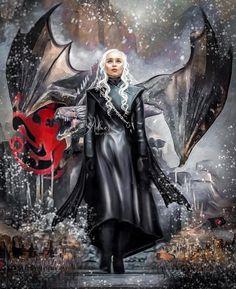 Daenerys Targaryen Emilia Clarke Game of Thrones Vera Adxer Game Of Thrones Artwork, Game Of Thrones Series, Game Of Thrones Dragons, Got Dragons, Got Game Of Thrones, Mother Of Dragons, Casa Targaryen, Daenerys Targaryen, Khaleesi