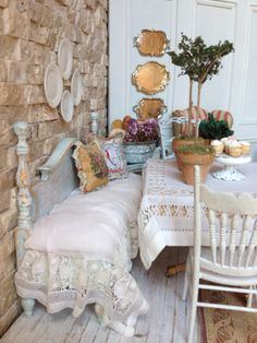 Hand made bench with painted pillows by Maritza Miniatures…