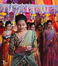 Wedding Saree Blouse Designs, Half Saree Designs, Saree Wedding, South Indian Sarees, South Indian Bride, Indian Bridal, Indian Party, Half Saree Lehenga, Silk Lehenga