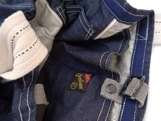 Tripper Denim Type II Garbage In The Ocean, Indigo Colour, Denim Bag, Vintage Books, How To Take Photos, Simple Designs, Blue Jeans, Im Not Perfect, Vintage Outfits