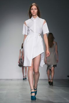 Simone Oliver: I would collect only shirt dresses if I could, starting with this one from Marios Schwab. (Photo: Nowfashion)