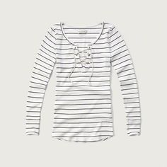 Slim Lace-up Tee