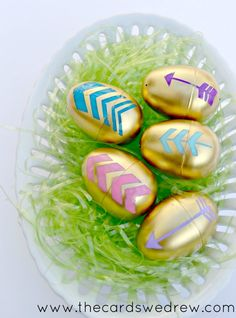 gold arrow easter eggs upright 2