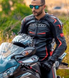 Bike Suit, Motorcycle Suit, Motorcycle Leather, Sexy Biker Men, Leather Men, Black Leather, Bike Leathers, Riders On The Storm, Biker Gear