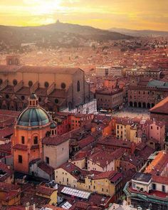 beautiful bologna - travel | italy - italian - city - sunset - history - europe - skyline - rooftops - pretty - wanderlust - eurotrip - trip - explore - adventure - vacation - bucket list - discover places - incredible - idea - ideas - inspiration - arial photography