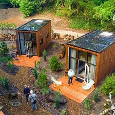 Top 20 Shipping Container Home Designs - Ask Love Tiny House Cabin, Tiny House Living, Tiny House Design, Tiny Cabins, Tiny House Village, Prefab Tiny Houses, Small Prefab Homes, Cheap Tiny House, Design Homes