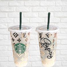Personalised Cups, Personalized Starbucks Cup, Starbucks Cup Art, Custom Starbucks Cup, Star Buck, Black Louis Vuitton, Tumbler Designs, Custom Tumblers, New Hobbies