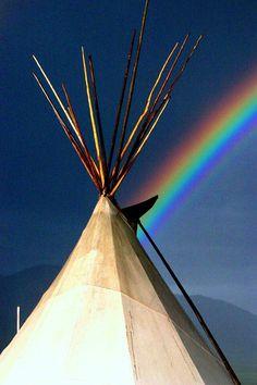 Taos. ALL the colors. #taos #desert #light