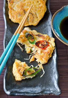 #Korean Bindaetteok - Savory Mung Bean Pancakes [split mung beans, short grain rice, minced pork, fermented kinchi, bean sprouts, Korean wild fern (optional), kimchi juice, soy sauce, chili]