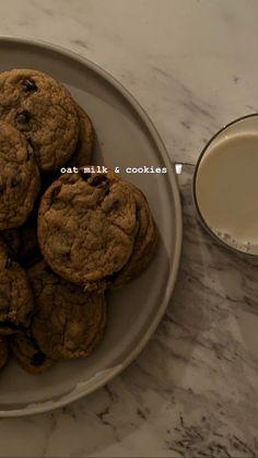 Think Food, I Love Food, Good Food, Yummy Food, Snap Food, Food Snapchat, Milk Cookies, Aesthetic Food, Cute Food
