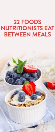 22 foods nutritionists eat between meals