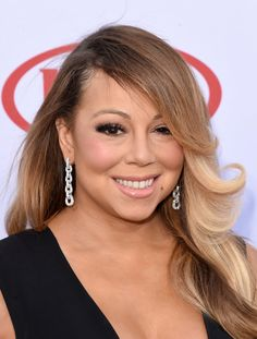 Mariah Carey Photos - Singer Mariah Carey attends the 2015 Billboard Music Awards at MGM Grand Garden Arena on May 2015 in Las Vegas, Nevada. 2015 Hairstyles, Celebrity Hairstyles, Trendy Hairstyles, Billboard Music Awards 2015, Mariah Carey Photos, Slicked Back Hair, Hair Pictures, Hair Type, Hair Lengths