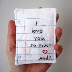 """A mini version of my hand embroidered note... perfect for Valentines day and gifting! Oh this is just too cute! Definitly want to make have to make these for christmas. Maybe as the family """"turkey"""" gift =)"""