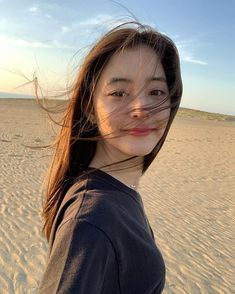 A fine day at the beach! Cute Japanese, Japanese Beauty, Japanese Girl, Cute Girl Pic, Cool Girl, Very Pretty Girl, Prity Girl, Girl Korea, Ulzzang Korean Girl