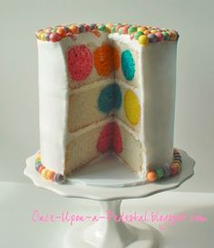 Polka Dot Cake. i love this. Everything but the top center.  I would leave that white and just trim like the bottom.
