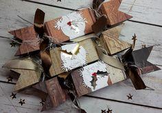 Paper crackers
