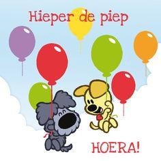 Woezel en Pip vliegen met ballonnen