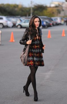 Abigail Spencer - 16th Annual Los Angeles Antiques Show 2011
