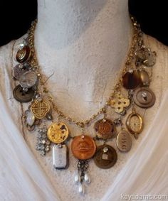 Pandora Jewelry OFF! Take some of my old buttons and make necklace to look like this? Coin Jewelry, Pandora Jewelry, Jewelry Art, Vintage Jewelry, Jewelry Design, Jewellery, Found Object Jewelry, Mixed Media Jewelry, Homemade Jewelry