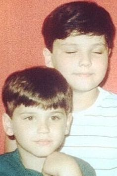 young/little Mikey and Gerard Way MY CHEMICAL ROMANCE---this is the cutest thing ever
