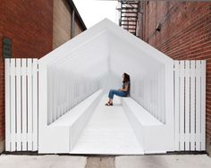 Playhouse by Snarkitecture for Washingston Street Installations by Exhibit Columbus Installation Architecture, Street Installation, Interactive Installation, Architecture Details, Modern Architecture, Urban Furniture, Street Furniture, City Of Columbus, Columbus Indiana