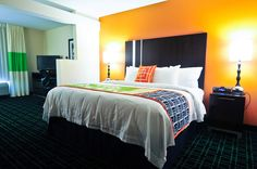Cedar Rapids, Iowa Hotel King Suite designed with separate living, working and enjoy sleeping areas suite will feel a little like home.