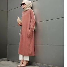 yes or no write your comment tag your friend tag and royalhijabnation to be featured credit quot; modern and fashionable hijab outfits Hijab Casual, Hijab Chic, Muslim Fashion, Modest Fashion, Hijab Fashion, Fashion Outfits, Islamic Fashion, High Street Fashion, Modest Wear