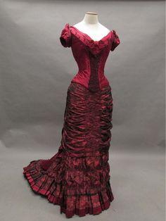 Ellen's 1870s-style dress from The Age of Innocence (movie). Designed by Gabriella Pescucci. Collezione Tirelli.