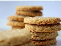 Omlós fahéjas zabkeksz - fahéjas zabkeksz 2. | NOSALTY Cookie Recipes, Snack Recipes, Snacks, Sweet Desserts, Vegan Desserts, Healthy Cake, Biscuit Recipe, Sweet Cakes, Biscotti