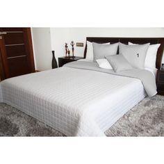Prehoz obojstranný na posteľ v bielo sivej farbe