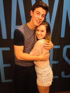 shawn mendes meet and greet poses - Google Search. Wish I could meet him