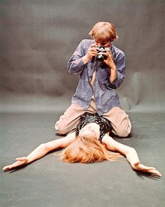 David Hemmings and Veruschka in Blow-Up, 1966, Michelangelo Antonioni