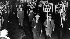 We Want Beer Signs Protest Against Prohibition Retro Vintage Black and White Photo Drinking Cool Wall Decor Art Print Poster Diane Arbus, Photo Vintage, No Bad Days, Ol Days, Youre My Person, Odense, Back In The Day, Historical Photos, Roaring 20s