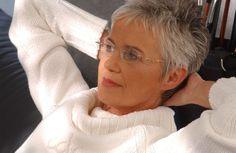 Gray hair & glasses! Details   SMS-Models - Modelagentur für Frankfurt, Wiesbaden und Rhein-Main