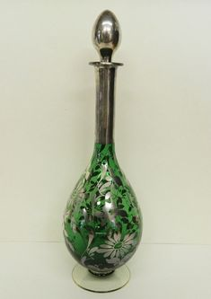VINTAGE FOREST GREEN SILVER OVERLAY DEPRESSION GLASS PERFUME BOTTLE.