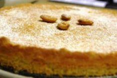 Pão de Ló de Amêndoas (Évora) Pastel Cakes, Portuguese Recipes, Portuguese Food, Yams, Baked Goods, Sweet Recipes, Banana Bread, Food And Drink, Cooking Recipes