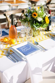 How beautiful is this table setting for Le Diner a San Francisco?!?! We are in love! (Event Production by Hand Made Events Table Design by PopUp Weddings Photography by Sorella Muse Photography Florals by Farmgirl Flowers) #ledinersf2014 #popupweddingsbyhme #tablesetting #gladyourehere #blueandyellow