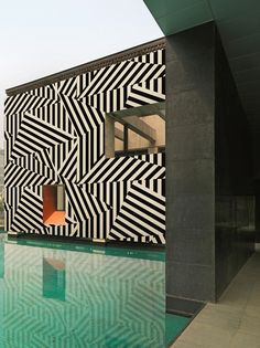 Outdoor wallpaper - Wall and Deco Amazing Architecture, Architecture Details, Interior Architecture, Installation Architecture, Building Architecture, Design Exterior, Interior And Exterior, Wall Exterior, Exterior Tiles
