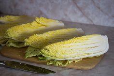 最強の発酵食品、「水キムチ」をご存じですか? 乳酸菌がすごい、デトックスにもおすすめ水キムチ! 水キムチとは韓国では日常的に食べられている身近なお漬物。 浅漬けのようなもの...