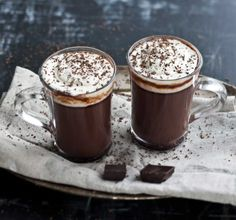 Maailman paras kaakao, resepti – Ruoka.fi Tasty Chocolate Cake, Hot Chocolate, Mozzarella, Finnish Recipes, Sandwich Cake, Pudding, Baking, Drinks, Desserts