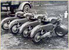 Racing Lambrettas