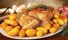 Ένα πεντανόστιμο, ζουμερό, λεμονάτο κοτόπουλο με δεντρολίβανο και σκόρδο μαζί με πατατούλες στοφούρνο. Ένααπλό, πολύ γρήγορο, εξαιρετικά νόστιμο και υ