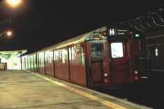 By the end of June the V and W trains will be no more. As part of a broad-based budget cutting procedure, the millions-in-arrears MTA, getting little help from the… Rockaway Park, Far Rockaway, New York Subway, Nyc Subway, Metropolitan Transportation Authority, Nyc Train, Ozone Park, Underground Tube, Metro Subway