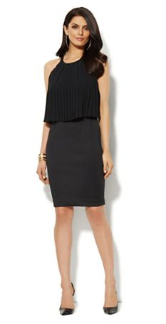 If you're not afraid to show some skin, and you like to dance think about this dress by New York and Company ($69,95). Trendy Outfits, Cute Outfits, Nursing Wear, Scuba Dress, New York And Company, New Dress, What To Wear, Dresses For Work, Overlay