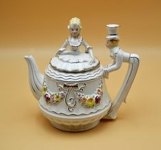 Collectitorium: Mad Hatter Teapot, Figural Teapot by Lewis Gold Christmas, Christmas Gifts, Tea Service, Christmas Shopping, Trinket Boxes, Valentine Gifts, Tea Pots, Gifts For Her, Unique Gifts