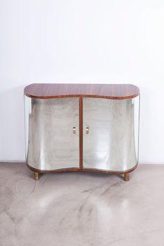 Pietro Chiesa - Fontana Arte - curve mirror cabinet